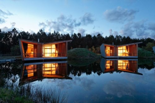 Eco Lodges Sur Pilotis Sur Un Lac