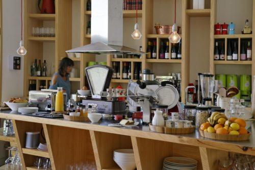 Restaurant Buffet Petit Dejeuner Produits Locaux Les Echasses